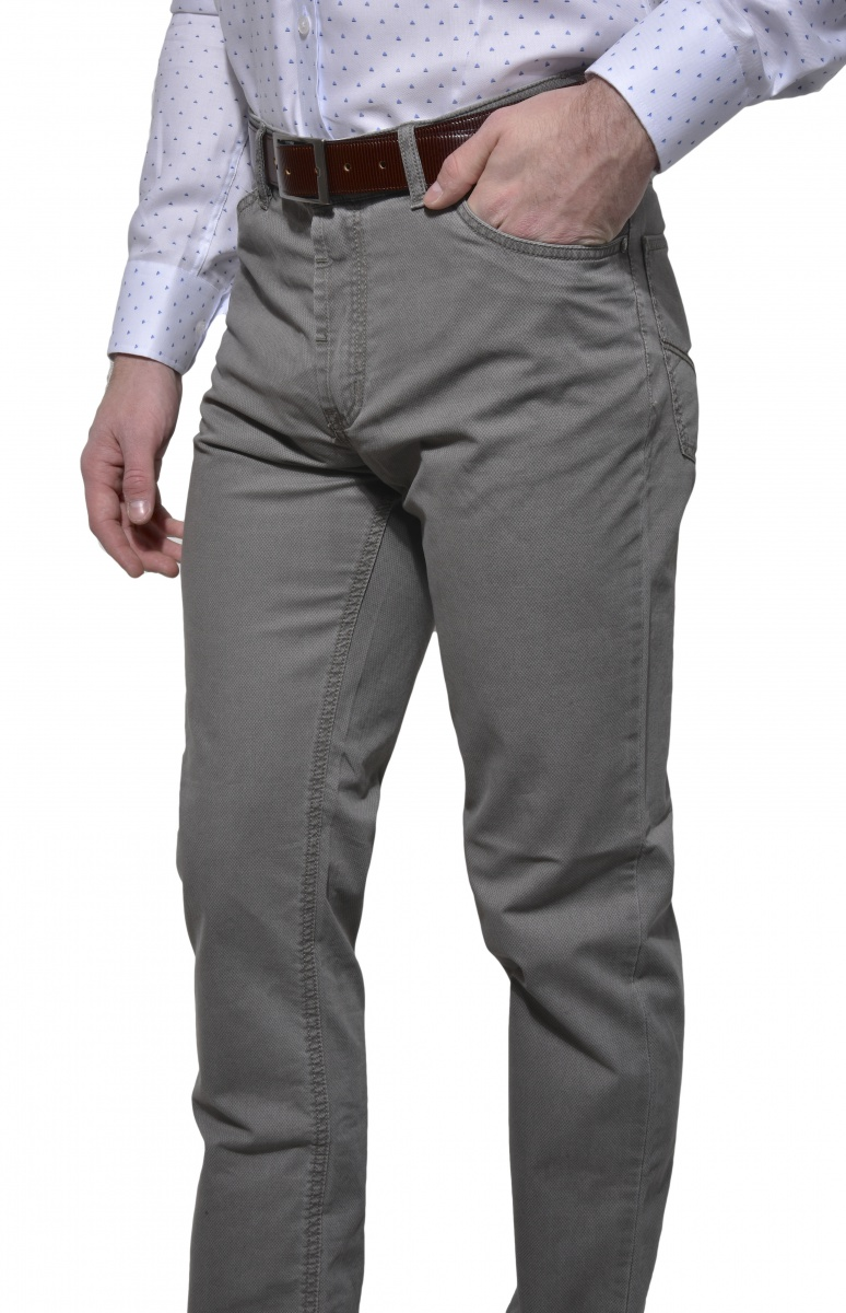 Bledošedé voľnočasové nohavice