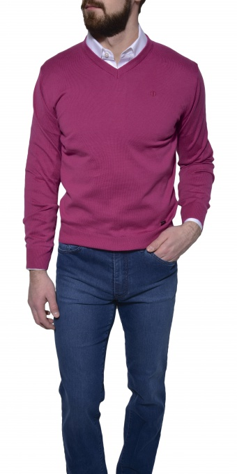 Purple cotton v-neck